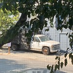 Blocked Driveway & Illegal Parking at 277 27th St
